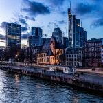 Drohnenaufnahmen Düsseldorf Drohnen Service Aufnahmen